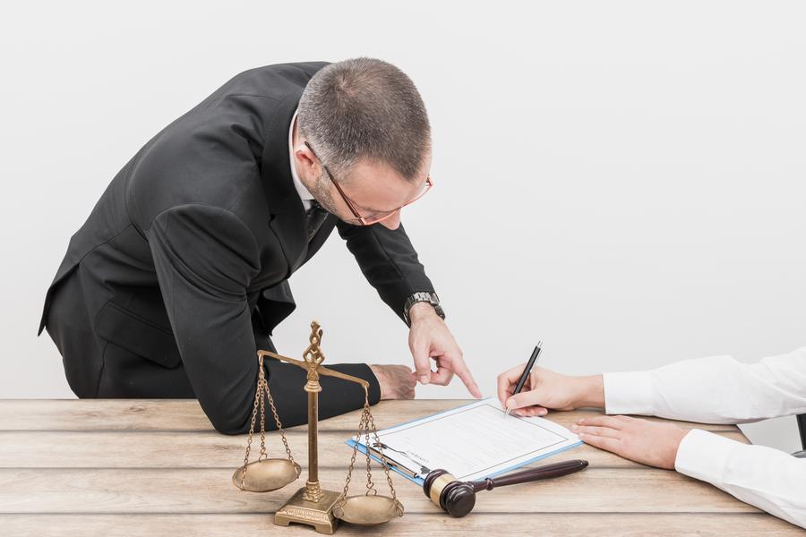 Quais áreas são cobertas pelo direito civil?